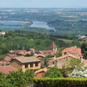 Une charte paysagère du CAUE* pour le Beaujolais Pierres dorées